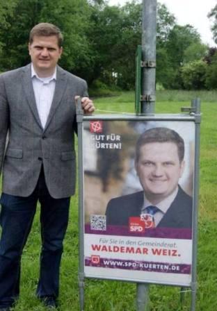 """Waldemar Weiz in den Gemeinderat von Kürten gewählt <br> Eingestellt am: 03.06.2014, <a style=""""text-shadow: 0px 0px 0;"""" href=http://www.rusdeutsch.eu/?news=2389 target=_blank >lesen</a>, <a style=""""text-shadow: 0px 0px 0;"""" href=http://www.rusdeutsch.eu/fotos/2323_b.jpg target=_blank >herunterladen</a>"""