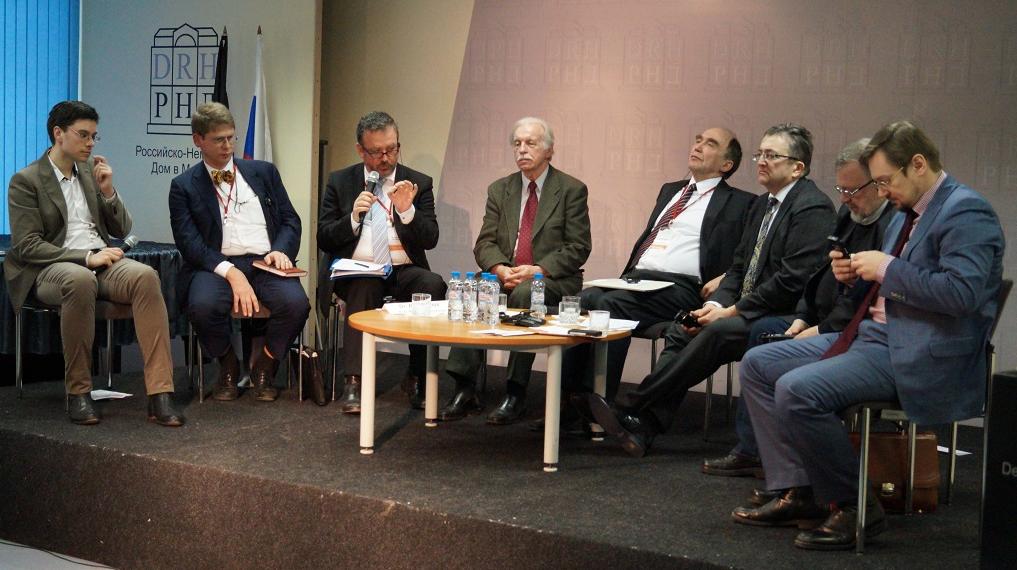"""(v.l.n.r.): Bojan Krstulovic, Dr. Werner-Dieter Klucke, Dr. Bernd Fabritius, Hugo Wormsbecher, Dr. Christoph Bergner, Heinrich Martens, Wladimir Sorin, Alexander Schurawski  <br> Eingestellt am: 18.02.2015, <a style=""""text-shadow: 0px 0px 0;"""" href=http://www.rusdeutsch.eu/?news=2688 target=_blank >lesen</a>, <a style=""""text-shadow: 0px 0px 0;"""" href=http://www.rusdeutsch.eu/fotos/2642_b.png target=_blank >herunterladen</a>"""